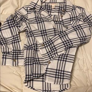 Kids black and white checkered long sleeve top